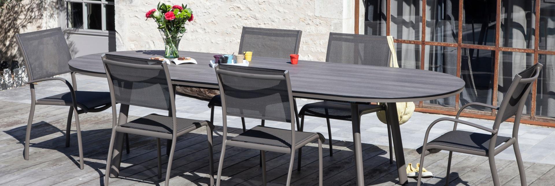 Table Bilbao 220/280 cm café cédar