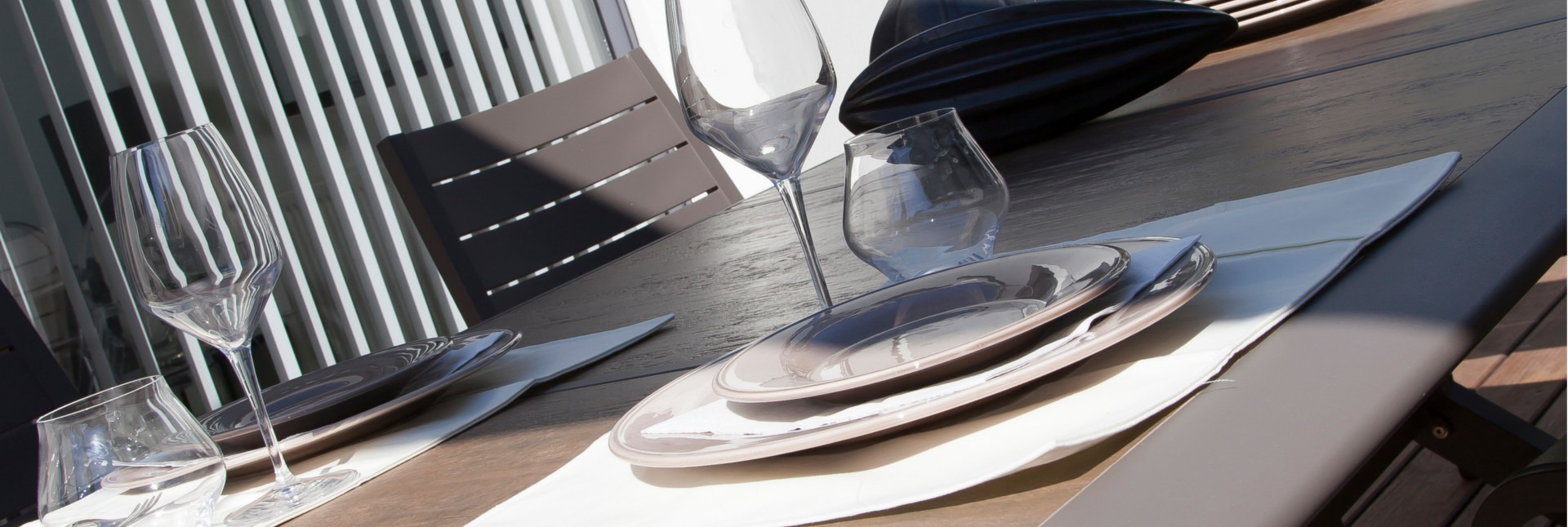 Table Céram zoom plateau
