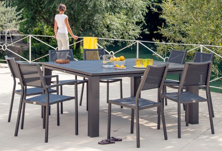 Table Fiero 155 + chaises et fauteuils florence