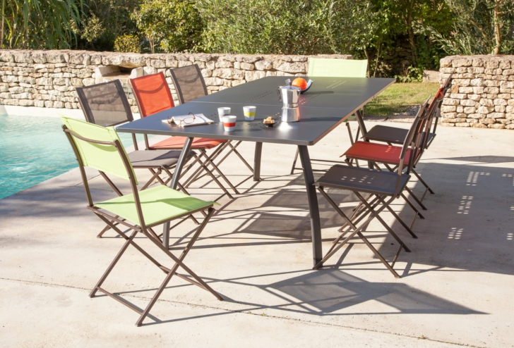 Table Granada + chaises Barbade