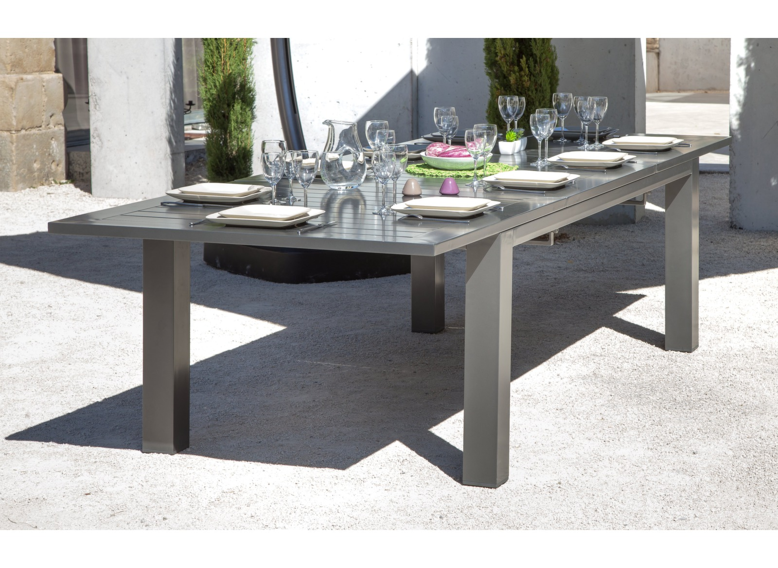 table de jardin aluminium plateau ciment table de jardin. Black Bedroom Furniture Sets. Home Design Ideas
