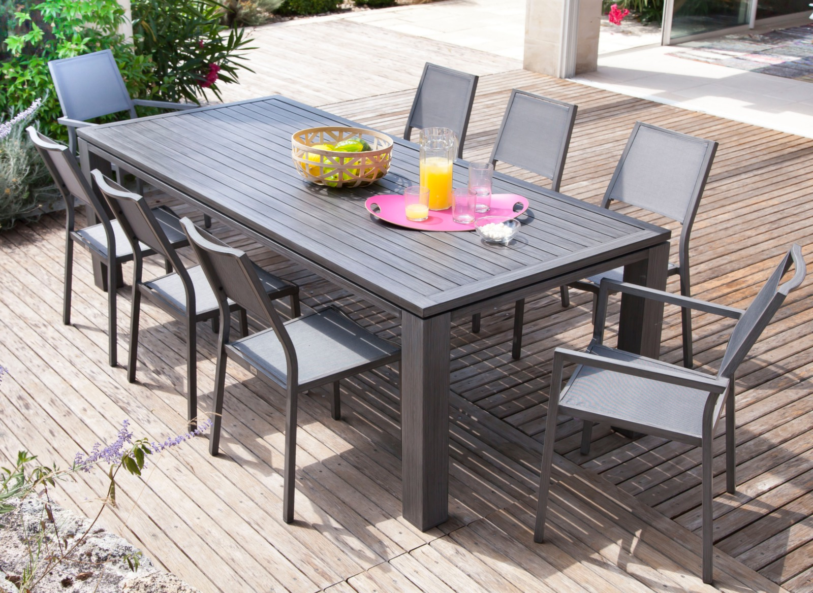 Salon de jardin avec grande table promotion proloisirs for Ensemble table extensible et chaise