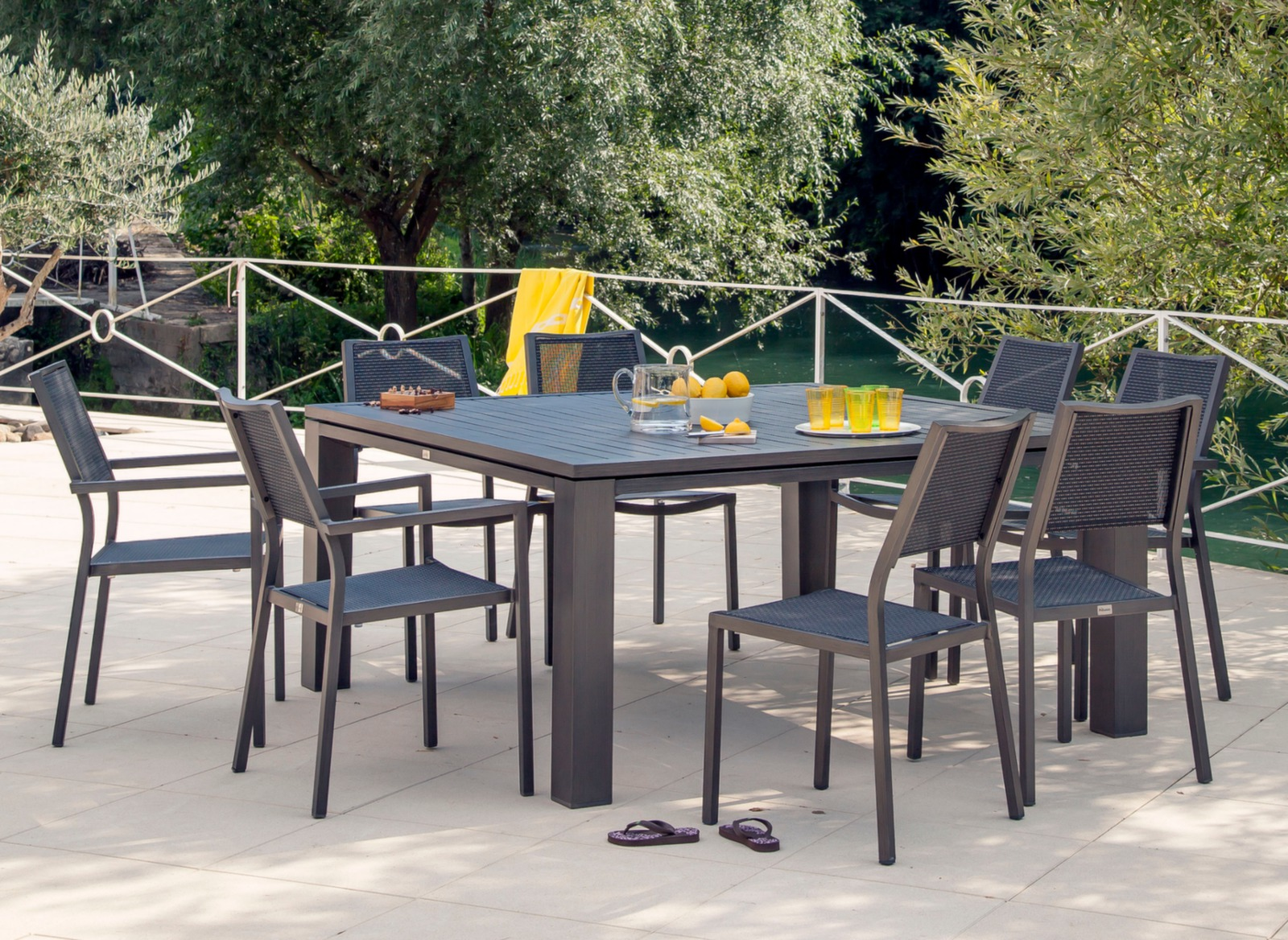 Beautiful table jardin aluminium fiero photos awesome - Table de jardin aluminium ...