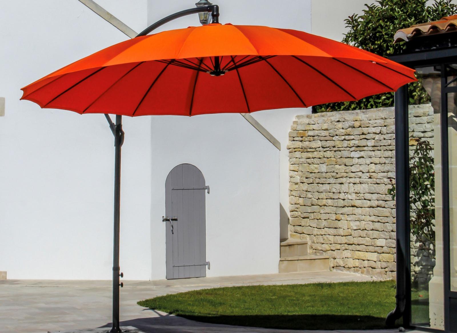 Parasol d port violet rond pagode 3m proloisirs - Soldes parasols jardin ...