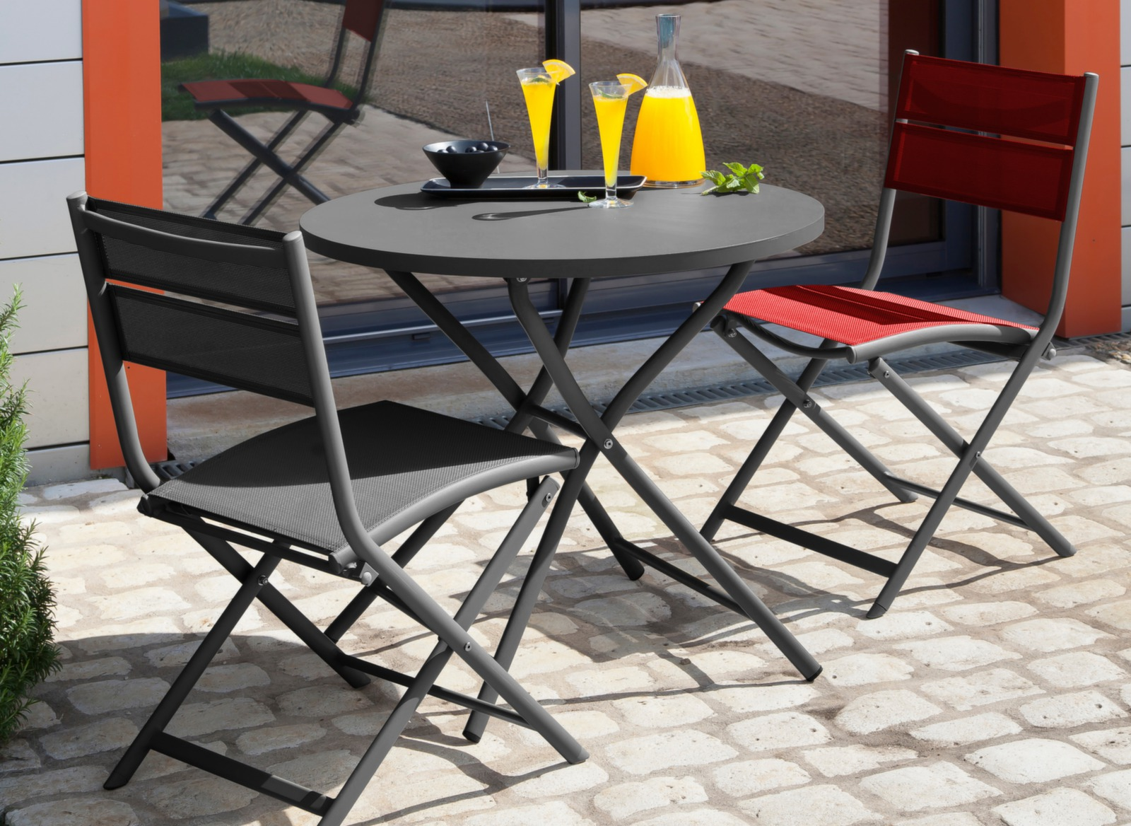 chaise de jardin pliante orange et grise win oc o proloisirs. Black Bedroom Furniture Sets. Home Design Ideas
