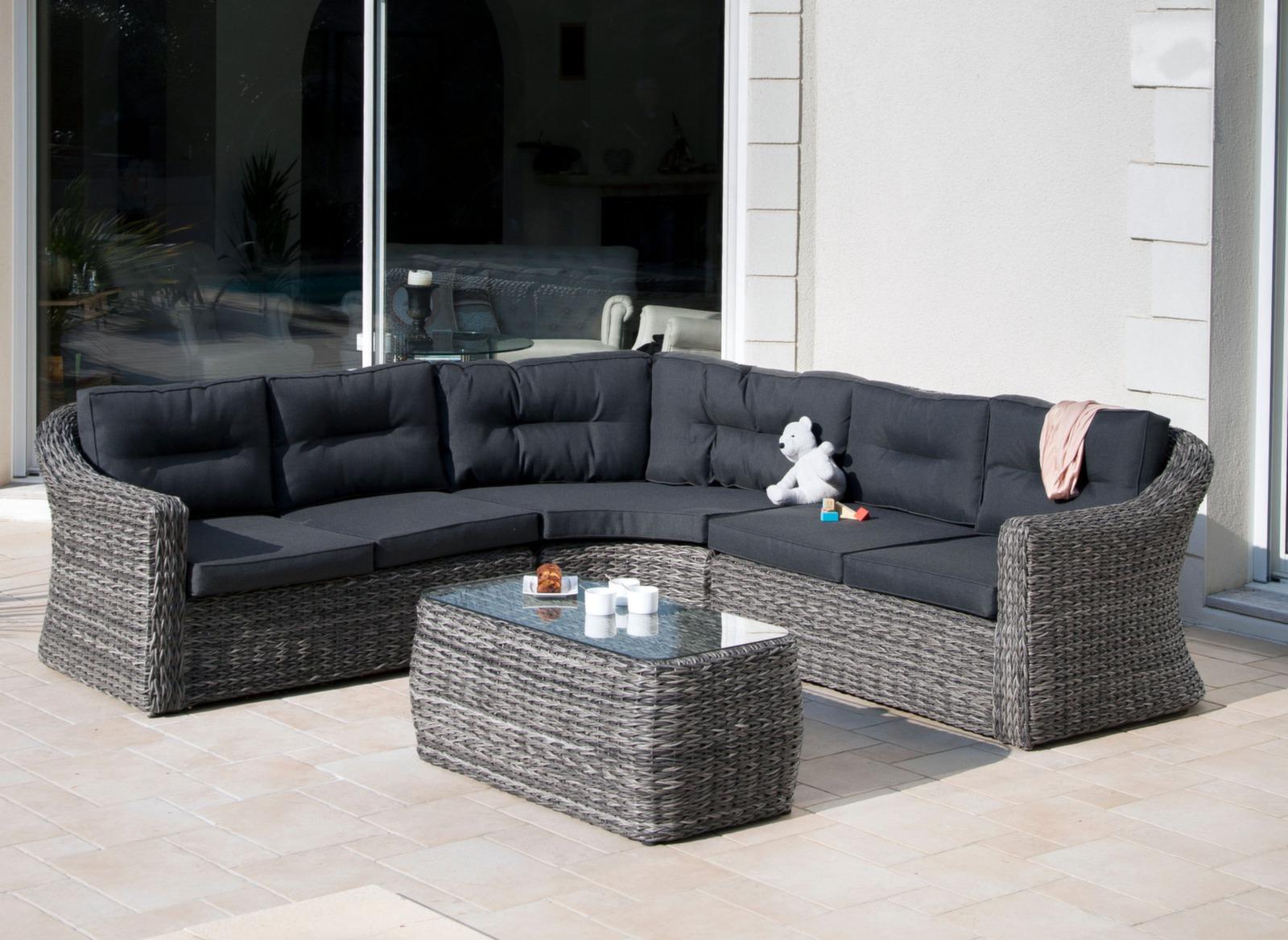 Fauteuil De Jardin Tres Confortable: Table et fauteuils de jardin ...