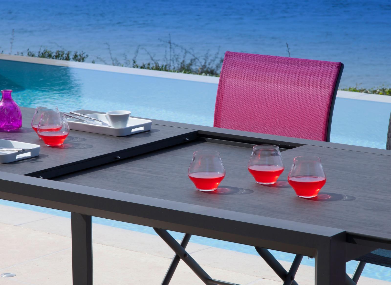 Table Juan 160/240 cm, plateau Trespa®
