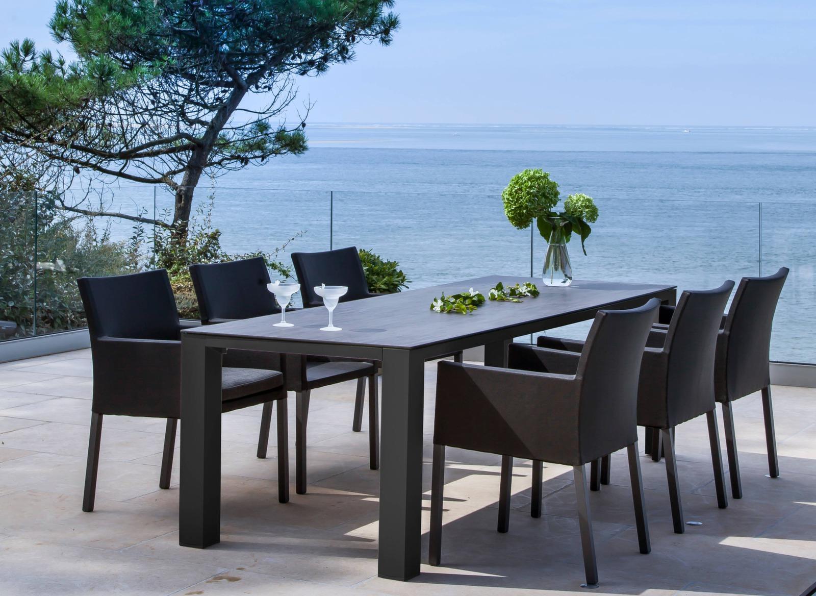 Table Torino 238 x 100 cm plateau Trespa® + 6 fauteuils