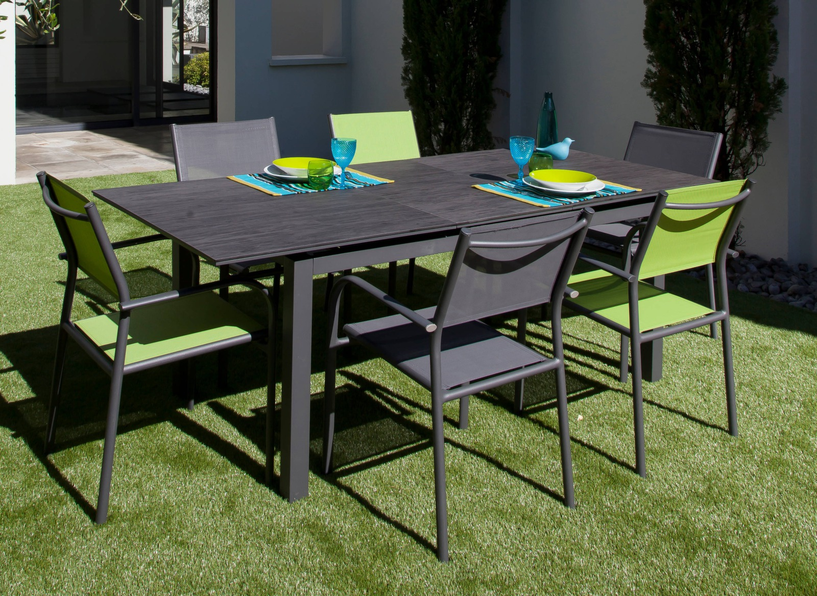 Cote table vente en ligne maison design for Vente table jardin