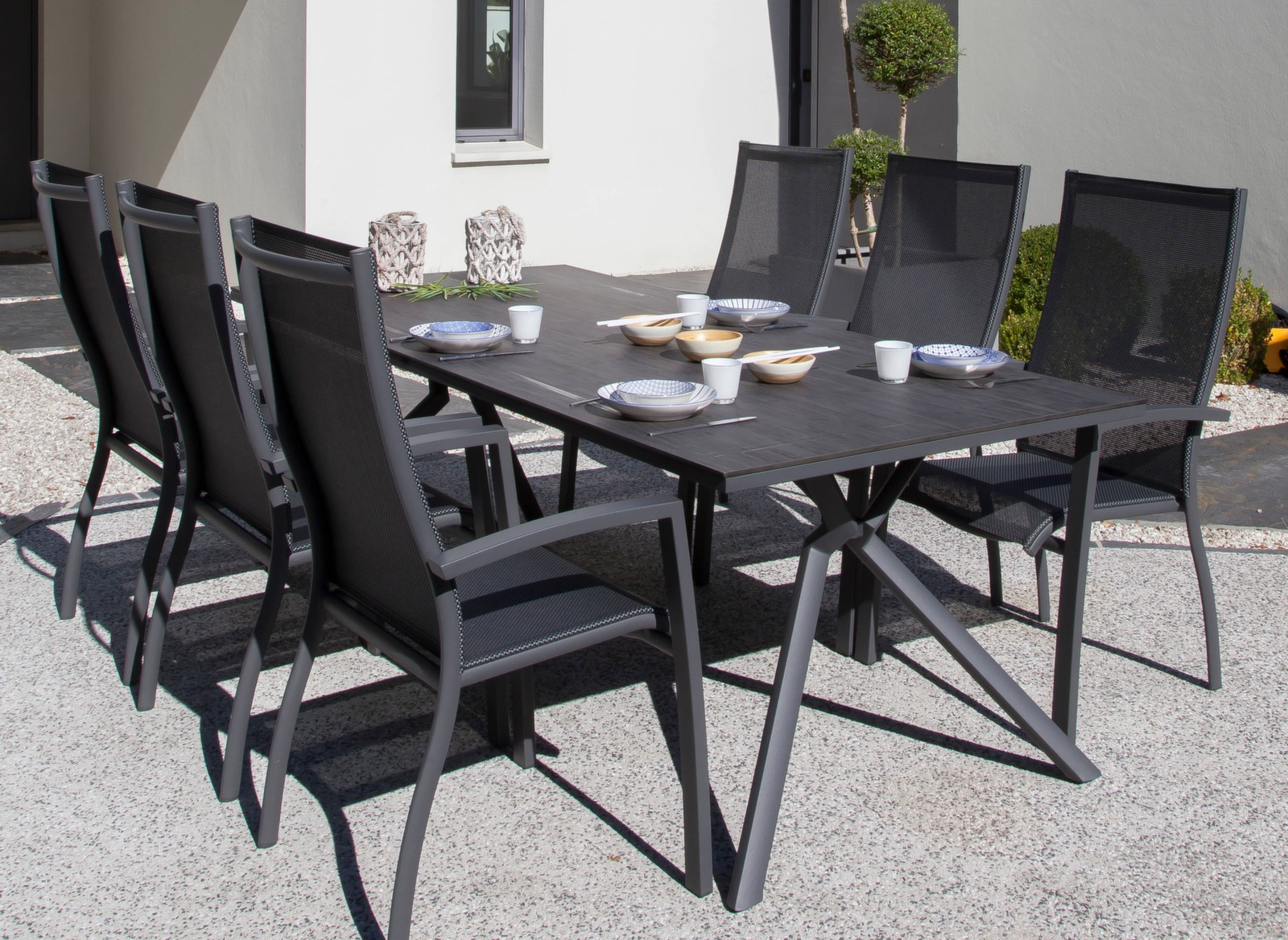 table loane 210 cm plateau trespa finition poxy tables de jardin meubles de jardin en. Black Bedroom Furniture Sets. Home Design Ideas