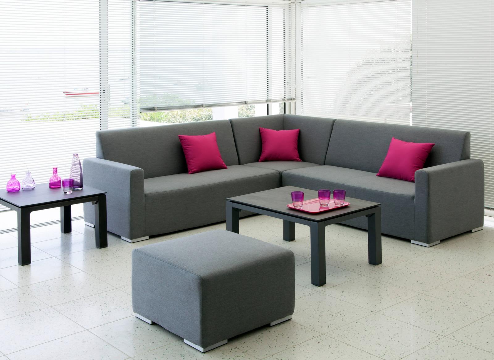 pouf mythe fauteuils de jardin mobilier pour salon de. Black Bedroom Furniture Sets. Home Design Ideas