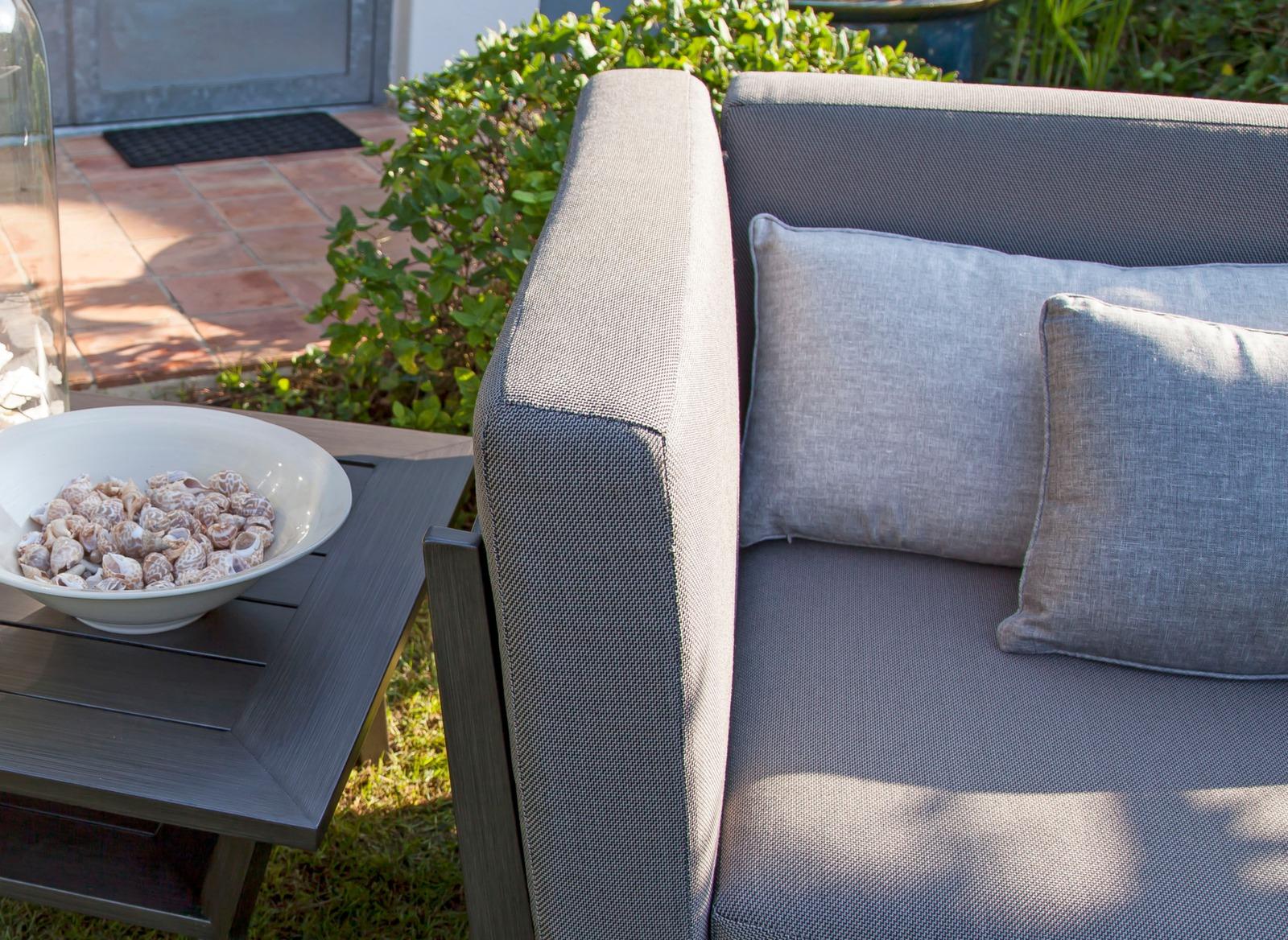 canap 2 places sofa soldes mobilier de jardin pour la. Black Bedroom Furniture Sets. Home Design Ideas