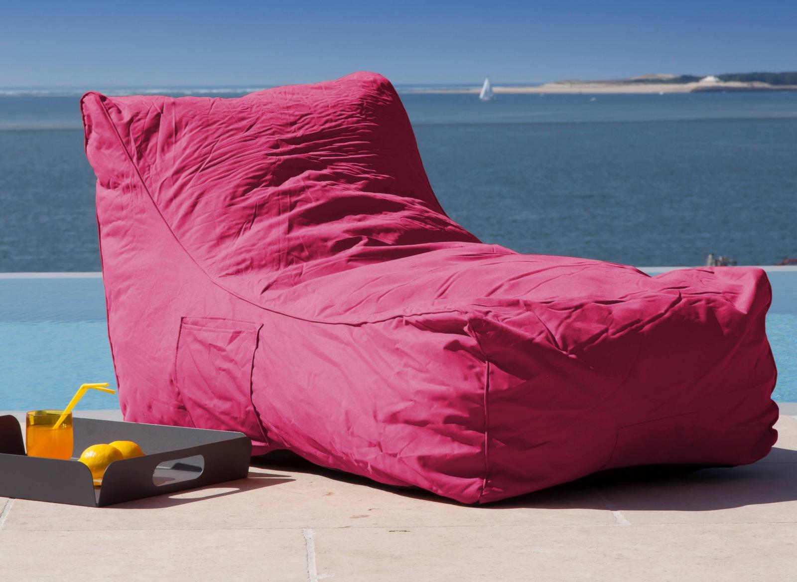 lit de soleil pouf malibu promotions meubles jardin proloisirs. Black Bedroom Furniture Sets. Home Design Ideas
