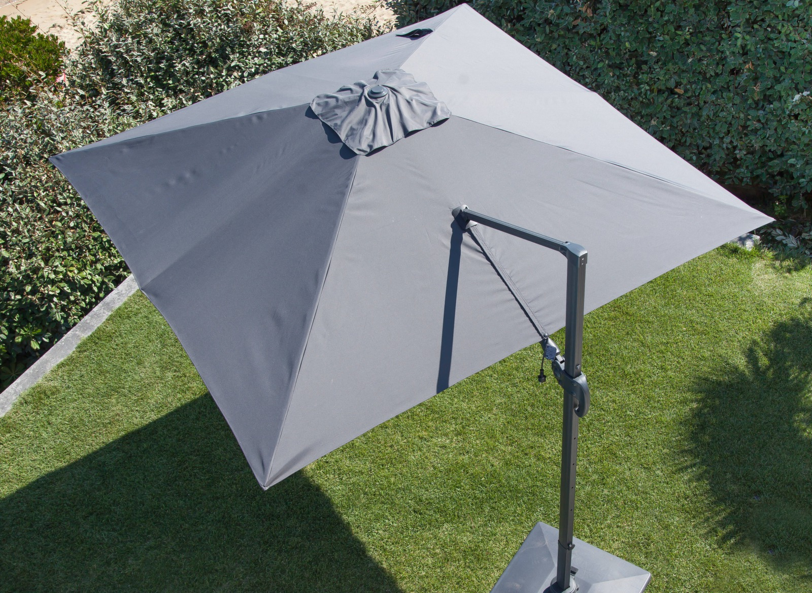 Parasol d port orientable aluminium 3x3m meuble jardin proloisirs - Parasol deporte orientable et inclinable ...