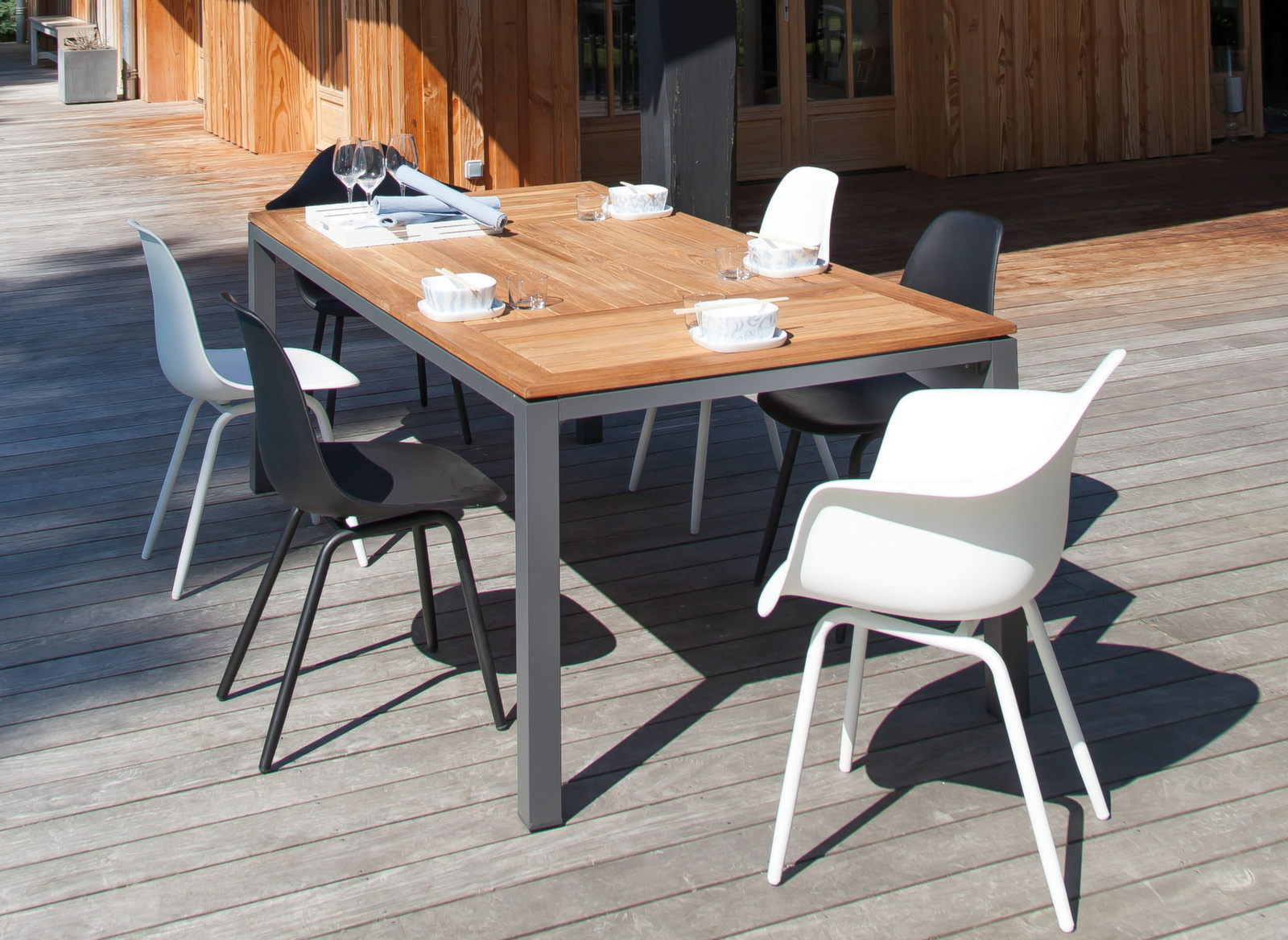 Table Tempo 180 cm, Plateau teck - Tables fixes - Meuble de jardin ...