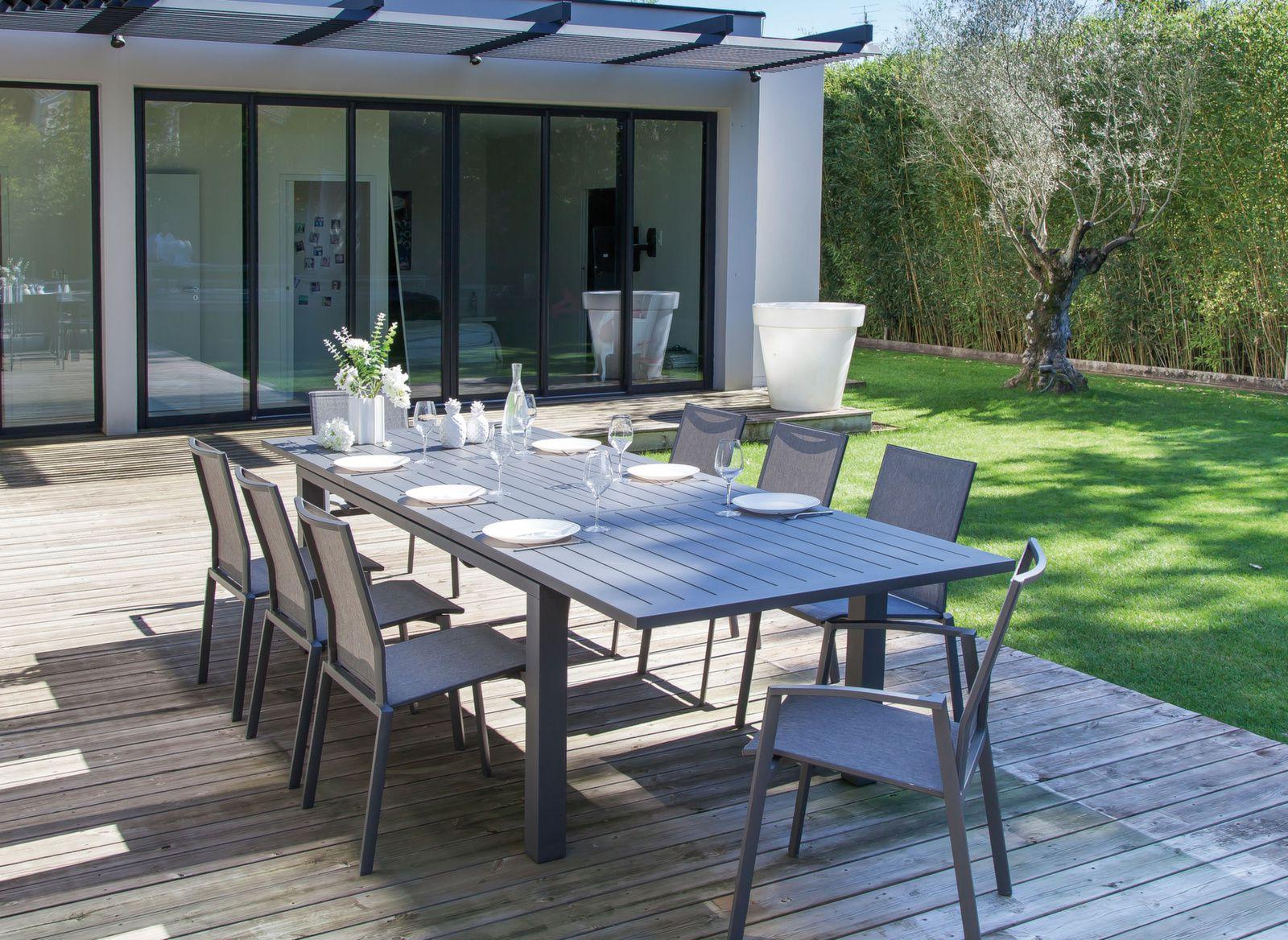 Table Elisa + 8 chaises - Vente de salons de jardin pour le repas fa47b06d0d83