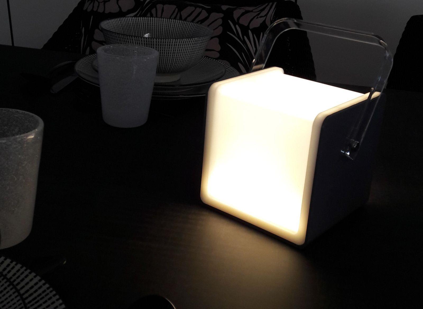 Lampe Carrée HP