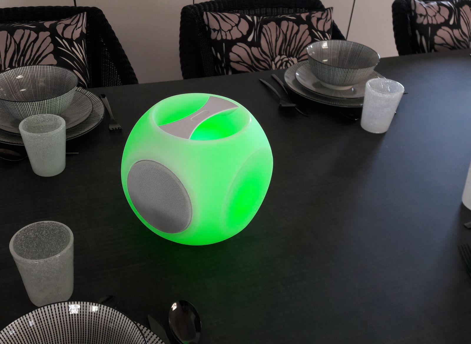 Cube avec poignée HP