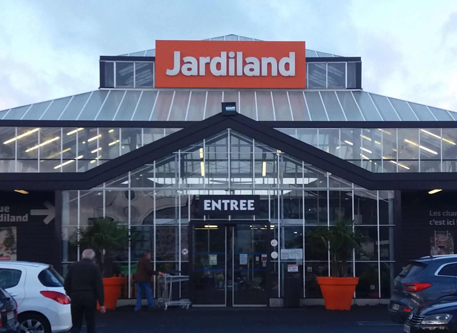 Jardiland ST MARTIN DES CHAMPS