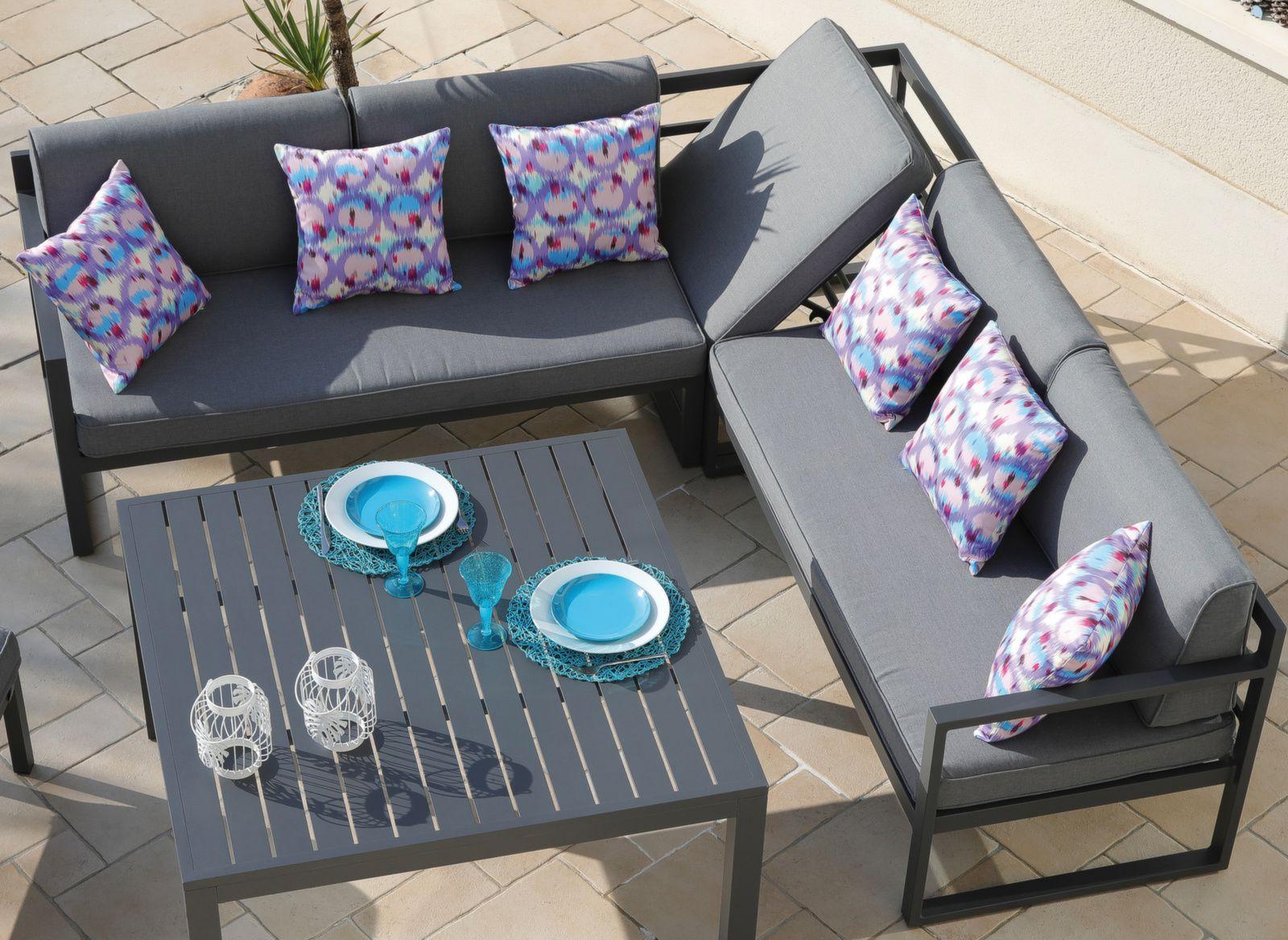 Canapé d\'angle Royan avec banc et table