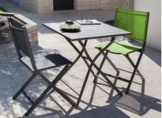 Ensemble guéridon Globe 70 cm + 2 chaises pliantes Théma