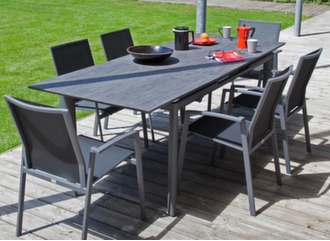 Table Miami Trespa® 168/223 cm + 6 fauteuils Palma
