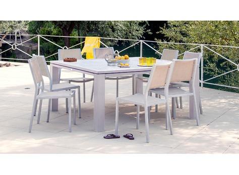 Salon de jardin fiero 160 avec 4 chaises florence et 2 for Ambiance tables et chaises reims